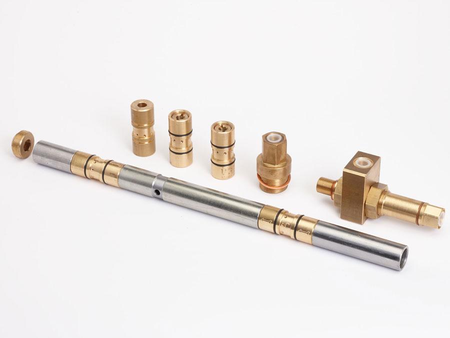 Dos Divinores® montados con alargadera para rodamiento axial